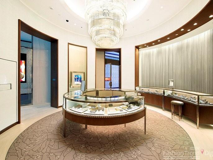珠宝展柜常用材质和灯光运用的注意点