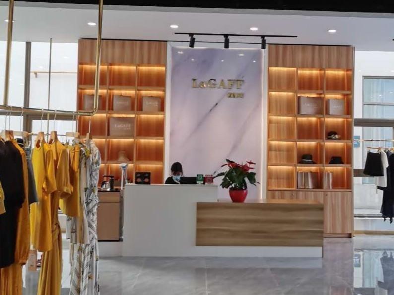 商场女装店装修选择什么地板好