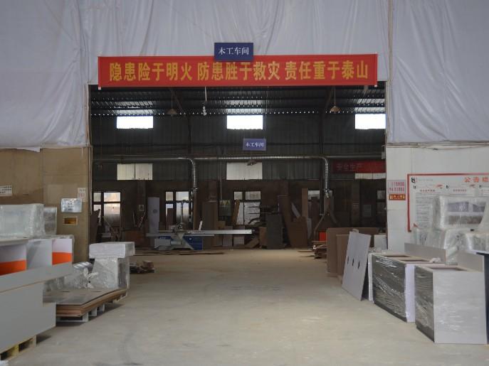 四川展柜厂商如何对工艺的加强