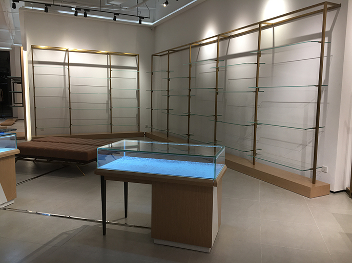 木质服装展柜